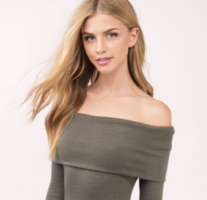 Off the shoulder neckline